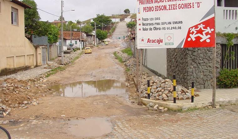Prefeitura inicia pavimentação no bairro Palestina