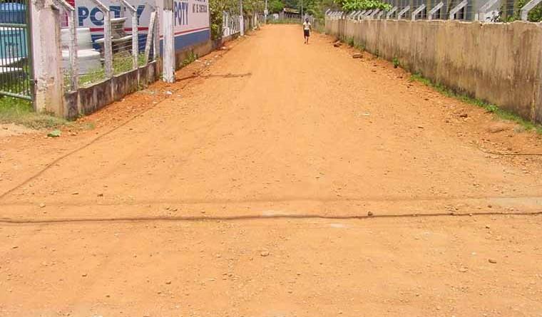 Prefeitura melhora as ruas do povoado Areia Branca