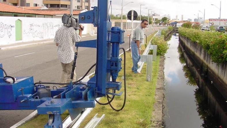 Prefeito realiza vistoria em obras de proteção nos canais do Jardins