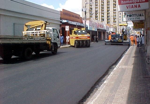 Ruas do centro de Aracaju continuam sendo recuperadas pela prefeitura