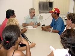 Moradores do bairro Santa Maria são recebidos em audiência pelo vice-prefeito