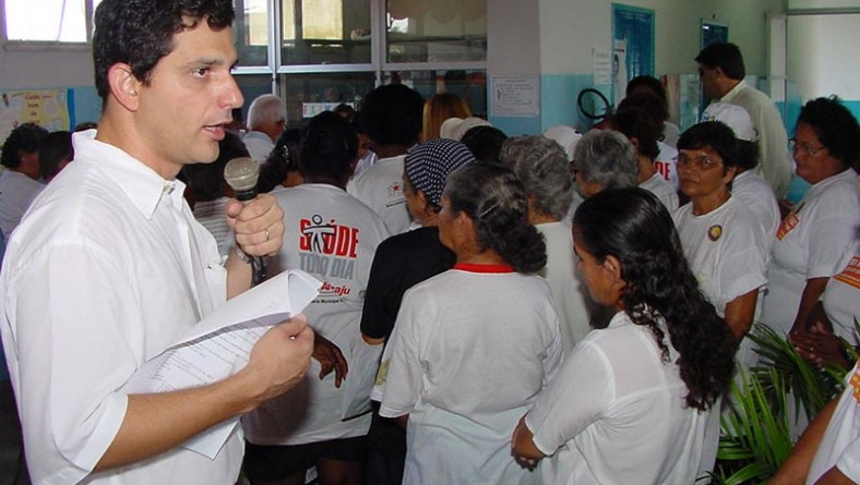Campanha de vacinação do idoso contra gripe é prorrogada até sexta
