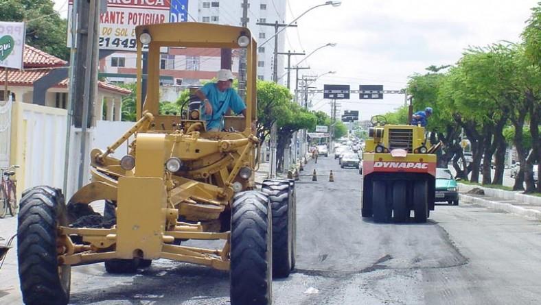 Avenida Hermes Fontes começa a ser recapeada