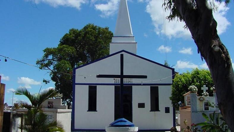 PMA conclui reforma do cemitério São João Batista