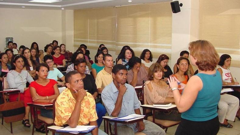 Secretaria de Assistência Social participa de curso sobre autismo