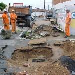 Rede de esgoto do Castelo Branco passa por desobstrução e limpeza - Foto: Meme Rocha  Agência Aracaju de Notícias