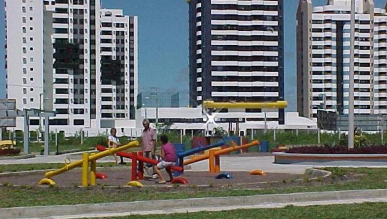Recuperação de praças beneficia vários bairros em Aracaju