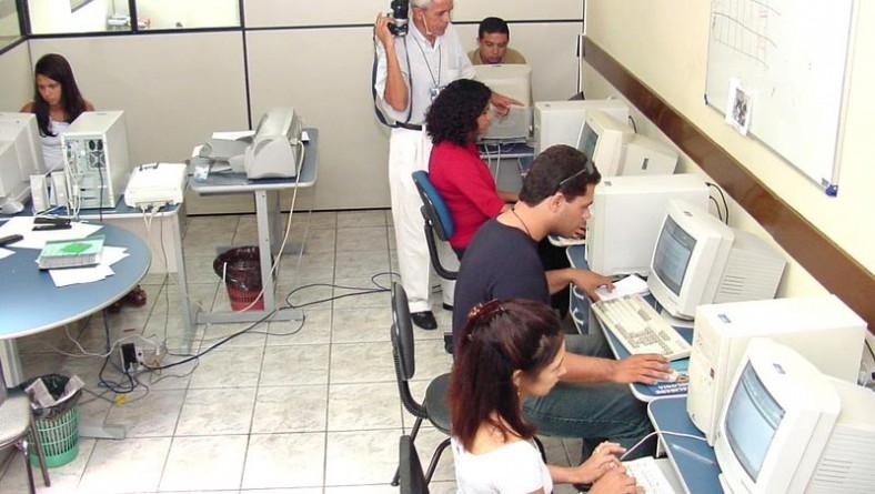 Ações da Secom dinamizam comunicação da Prefeitura de Aracaju durante 2002