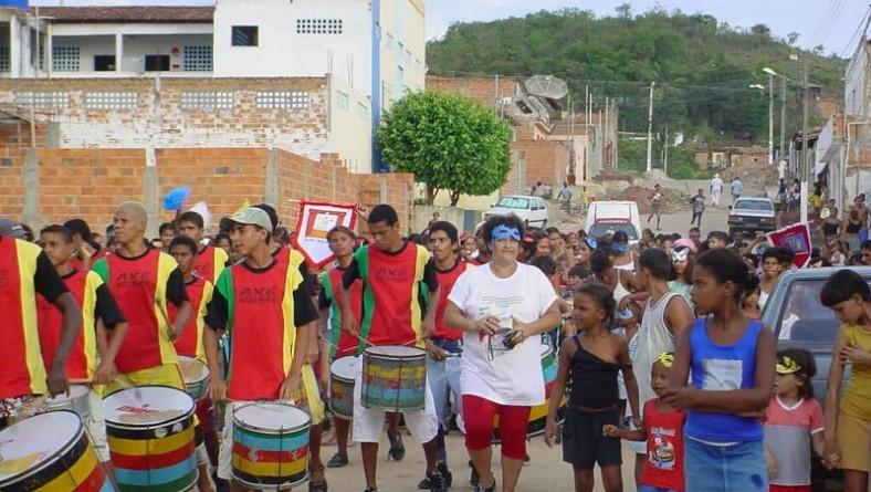 Escolas municipais comemoram o carnaval antecipado