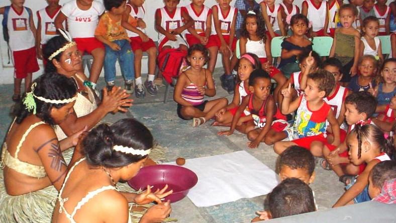 Escola Municipal realiza projeto que valoriza a cultura indígena