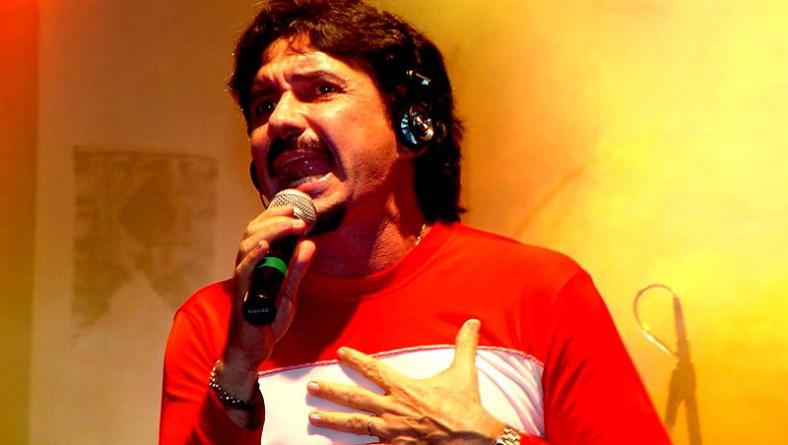 Adelmário Coelho faz o principal show da noite no Forró Caju