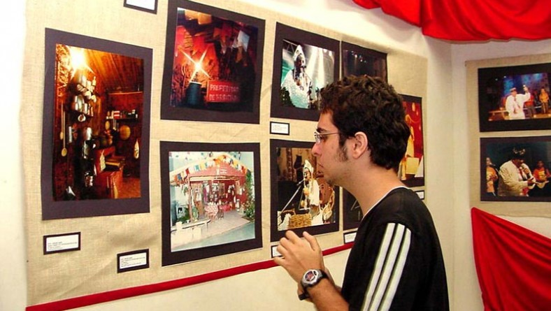Imagens do Forró Caju 2003 permanecem expostas no Mirante da 13 de Julho