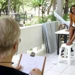 Alunos do Curso de Desenho e Pintura promovido pela Funcaju retratam figura humana - Fotos: Wellington Barreto  AAN  Clique na foto e amplie