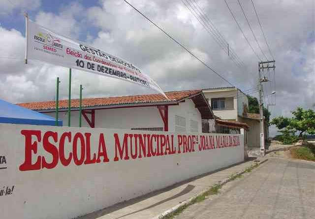 Emurb reforma escola no bairro Veneza