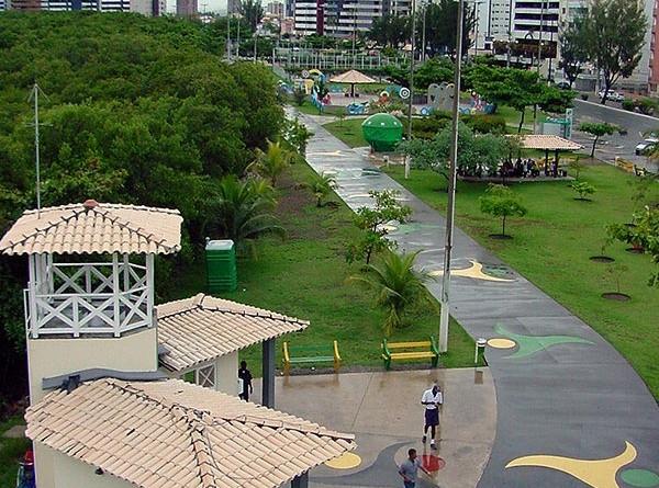 Aracajuanos enaltecem revitalização do calçadão da 13 de Julho