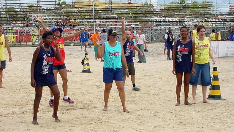 Projeto Verão incentiva prática de atividades esportivas para Portadores de Necessidades Especiais