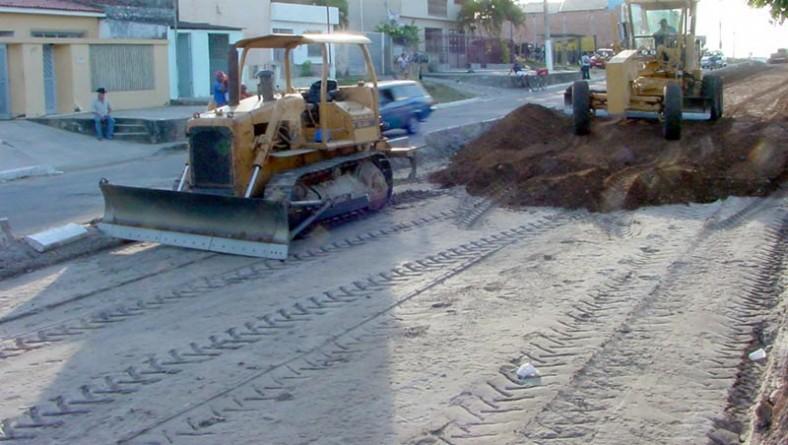 Avenida Santa Gleide ganha nova estrutura de pavimentação