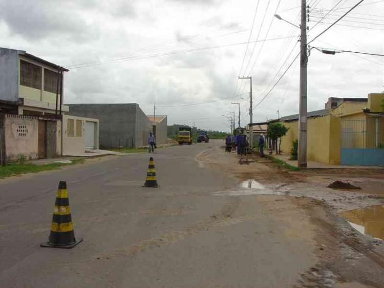 Prefeitura recupera vias urbanas