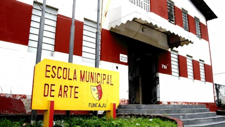 Escola Municipal de Artes adia início das aulas por mudança de prédio
