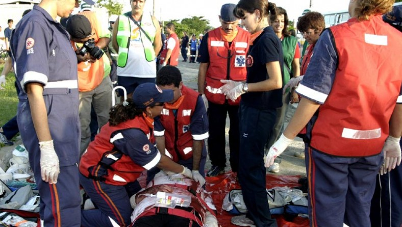 Prefeitura participa do simulado do Plano de Evacuação da Comunidade na Atalaia