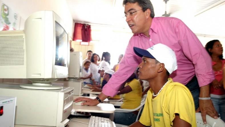 Inclusão digital já é realidade nas escolas do município