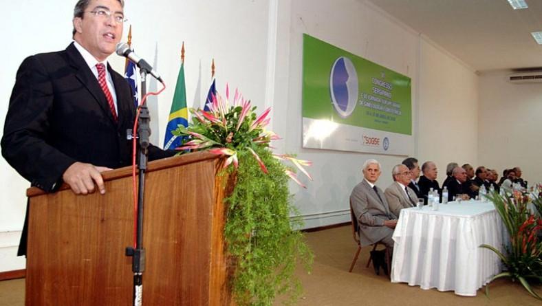 Prefeito participa da abertura do VI Congresso Sergipano de Ginecologia e Obstetrícia