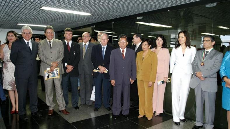 Prefeito prestigia homenagens feitas pela Câmara de Vereadores e TCE ao ministro Carlos Britto
