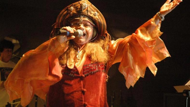 Marinês encanta público com sucessos da música nordestina