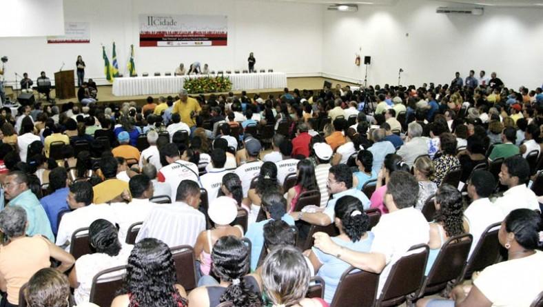 Plenária inicial discute aprovação do regimento interno do II Congresso da Cidade