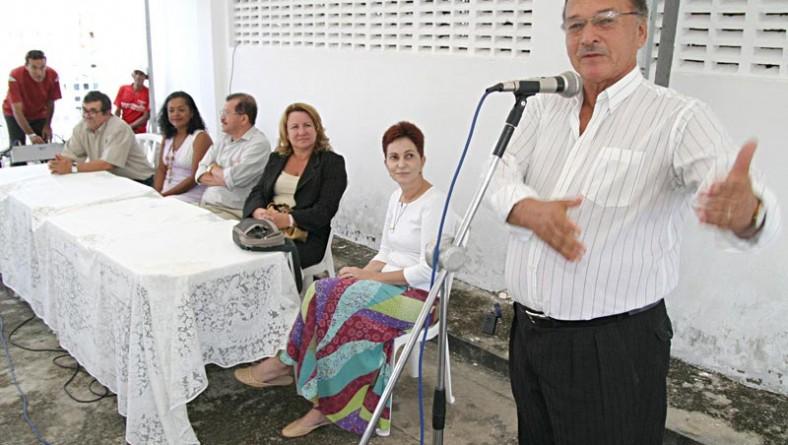 Fundat entrega mais 200 certificados no Jardim Esperança