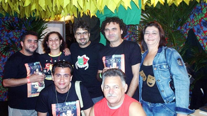 """Artistas da peça """"Dois a dois"""" prestigiaram o Forró Caju nesta última noite de festa"""