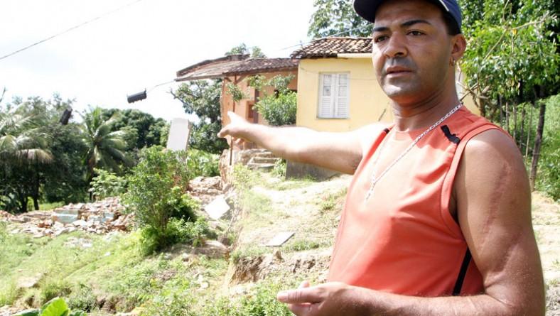 Moradores do Getimana são assistidos pela PMA