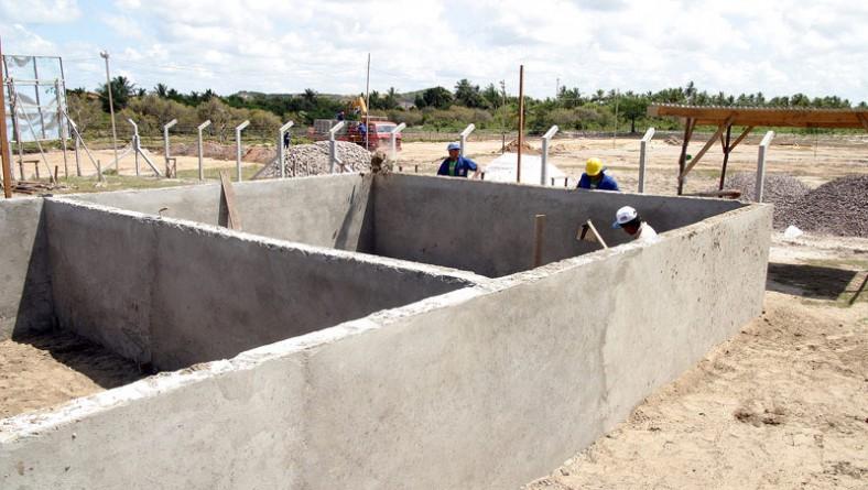 Construção da primeira estação de tratamento de esgoto municipal avança em diferentes etapas