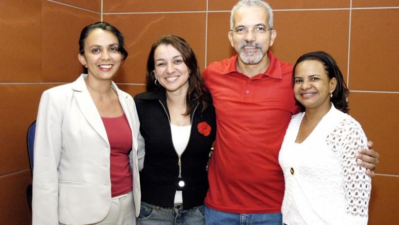 Edvaldo Nogueira homenageia secretárias da administração municipal