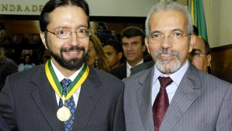 Prefeito participa de homenagem ao oftalmologista Mário Ursulino