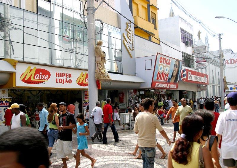 6bd1cf9bee2a9 Decoração da PMA promove vendas e segurança no Centro comercial - Fotos   Wellington Barreto