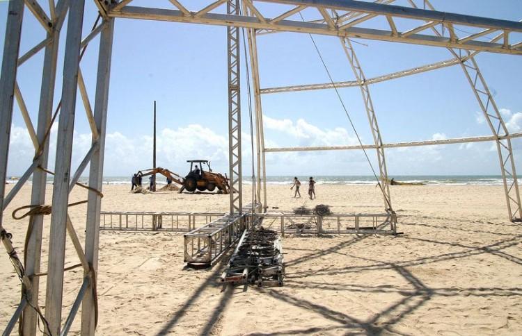 Aracajuanos e turistas esperam ansiosos o Reveillon 2007