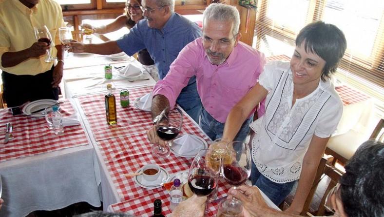 Prefeito reúne secretariado municipal para almoço de confraternização