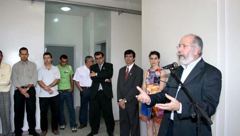 Secretário da Educação participa de inauguração do prédio da Rádio UFS