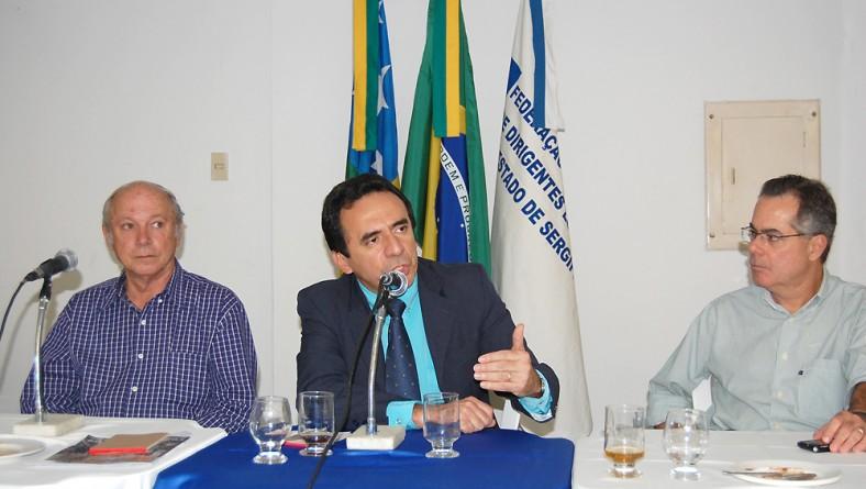 Nilson Lima fala sobre situação econômica do Estado a empresários