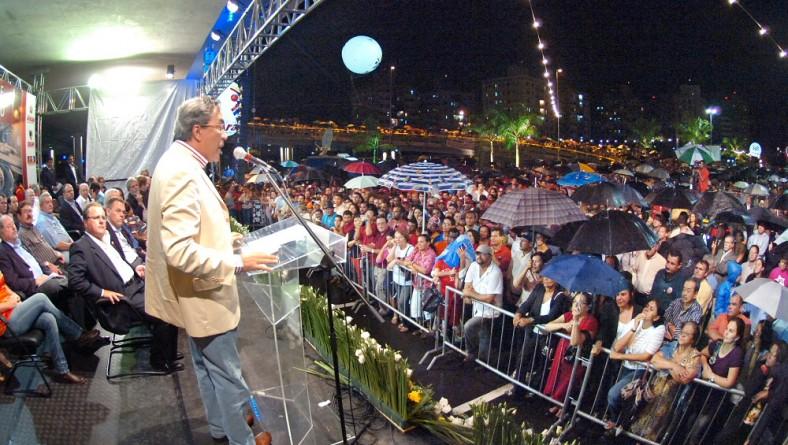 Presidente, governador e prefeito inauguram a maior obra da capital