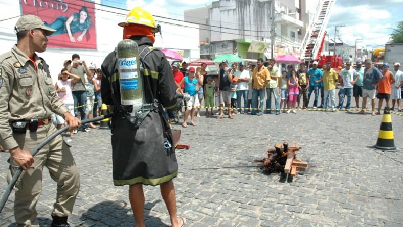 'Sergipe de Todos': Bombeiros oferecem serviços à população