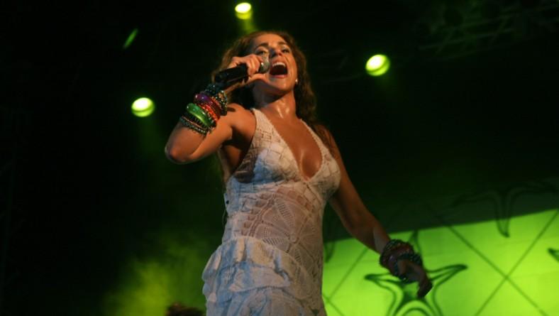 Daniela Mercury encerra a última noite do Verão Sergipe 2010