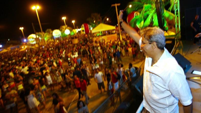 Déda abre oficialmente a última etapa do Verão Sergipe 2010 na Caueira