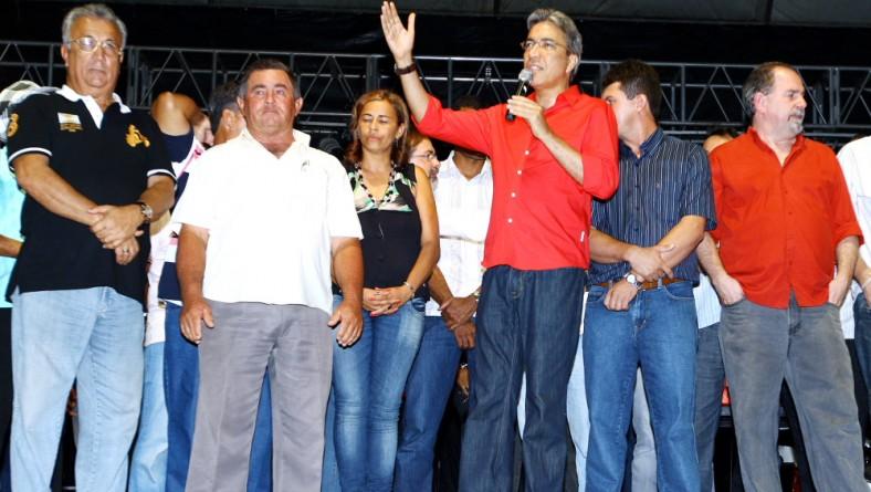 Marcelo Déda prestigia Festa de Santos Reis em Feira Nova