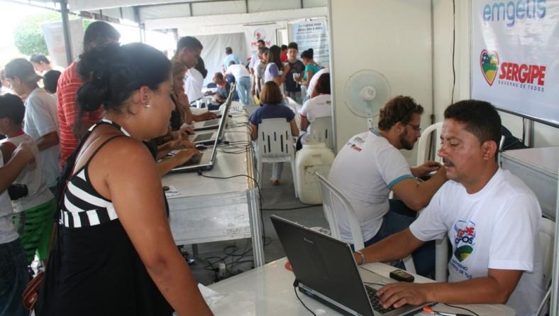 Governo oferece serviços online à população de Carira