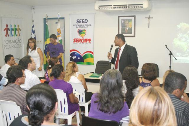 Programa Formação pela Escola prevê expansão para 13 municípios