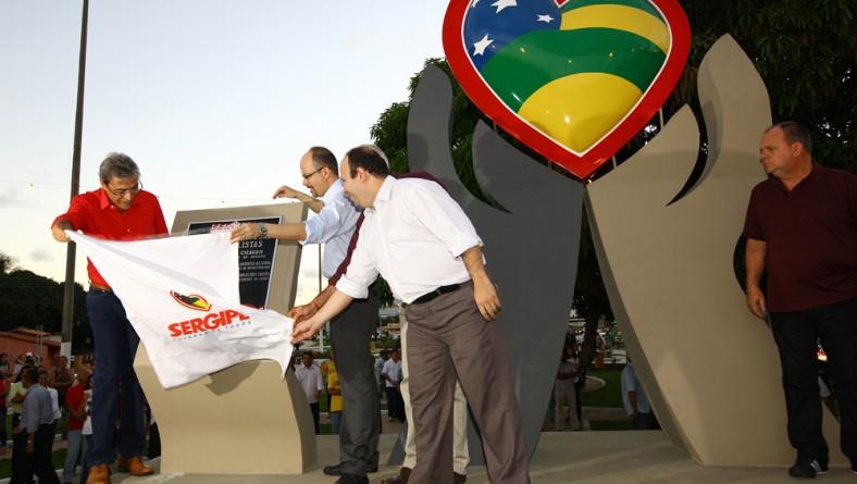 Governador Marcelo Déda inaugura ponte Jornalista Joel Silveira