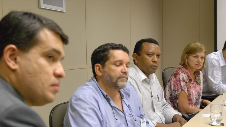 Dirigentes do TCU vêm conhecer experiência tecnológica do Banese