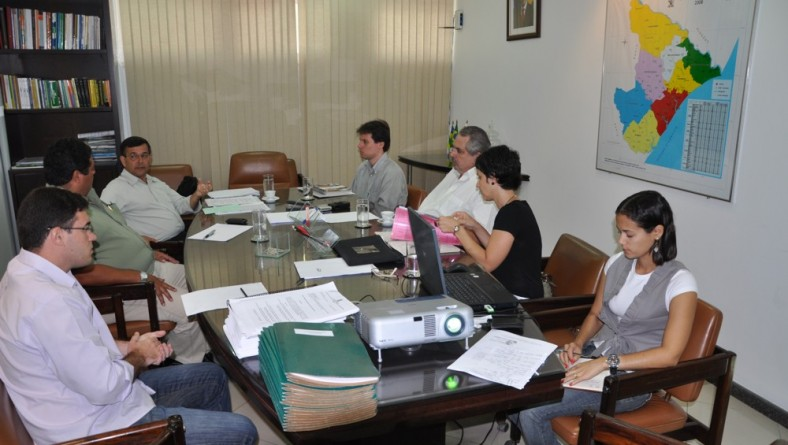 Governo recebe Missão do BNDES